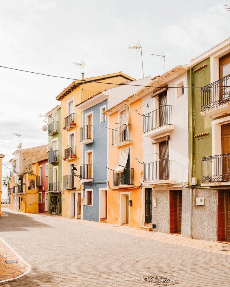 Going North: Villajoyosa and la Illeta dels Banyets